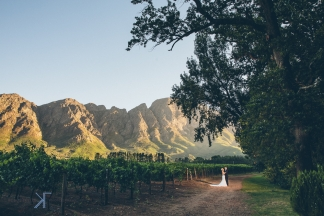 Franschhoek wedding at Holden Manz by photographer Kobus Tollig